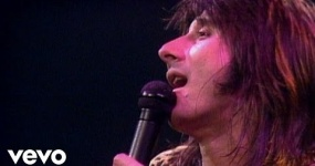 Journey - Don't Stop Believin (Live in Houston)