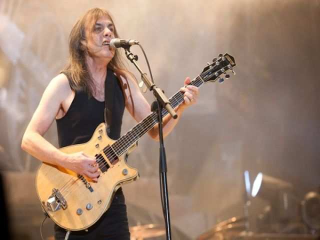 Malcolm Young, do AC/DC.